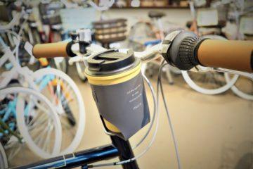 """<span class=""""title"""">自転車に取り付けできる moca タンブラー&カップホルダー</span>"""